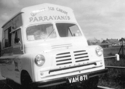 OLD_ICE_CREAM_VAN-comp